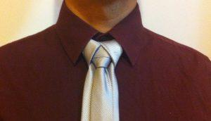 nœud de cravate Mérovingien gris
