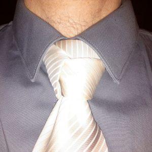 noeud de cravate trinité